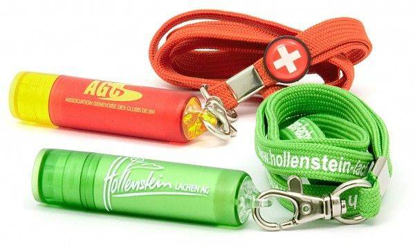 Lipcare_Clip-and-Lanyard_01_600x600