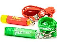 Lippenpflegestifte an Schlüsselband